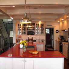 Traditional Kitchen by Aubertine and Currier Architects
