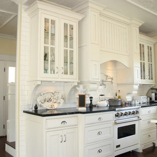 Traditional kitchen ideas - Inspiration for a timeless kitchen remodel in Grand Rapids