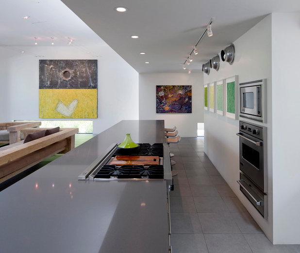Houzz Tour: Going Clean And Bright In The Tucson Foothills
