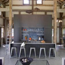 Contemporary Kitchen by JAMES DIXON ARCHITECT PC