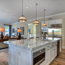 Traditional Kitchen by Manning Homes