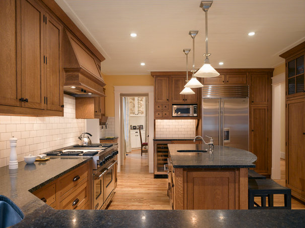 Craftsman Kitchen by Moore Architects, PC