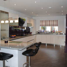 Contemporary Kitchen Cabinets by Kitchen and Bedroom Showroom