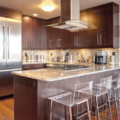 contemporary kitchen by Matt Harrer Photography