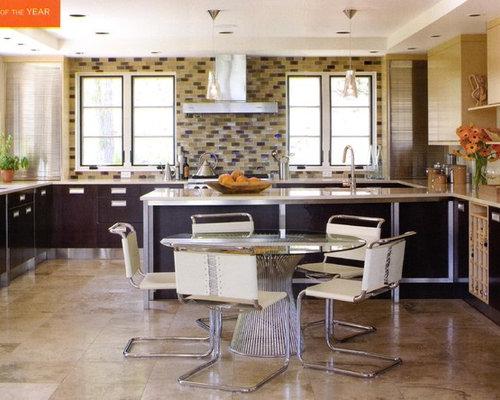 Horseshoe kitchen home design ideas renovations photos for Horseshoe kitchen decor