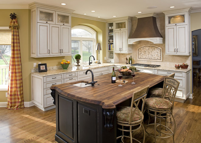 Traditional Kitchen by Artful Styles, Inc.