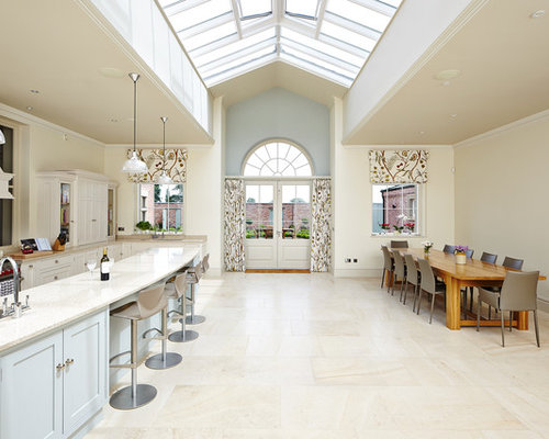 Cream kitchen houzz for Kitchen designs cream