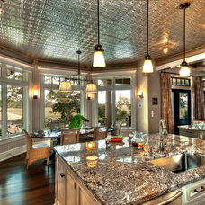 Traditional Kitchen by W Dylan Gilliam