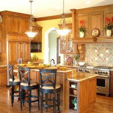 Traditional Kitchen by Kinsella Kitchens & Baths