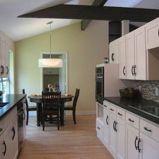 Modern Kitchen by New Creation Group Remodeling