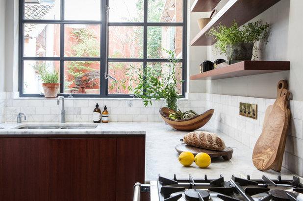 6 Diversi Materiali per il Top della Cucina e Come Prendersene Cura
