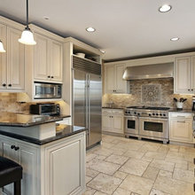 Light Colored Kitchens