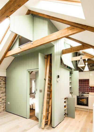 Farmhouse Kitchen by Bradley Van Der Straeten