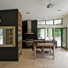 Contemporary Kitchen by SPACEstudio