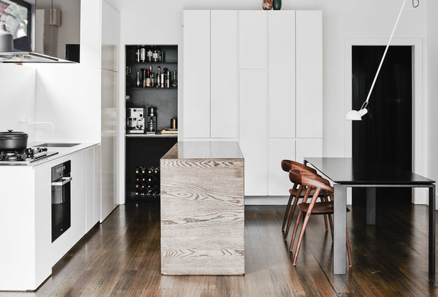 Contemporary Kitchen by Melanie Beynon Architecture & Design