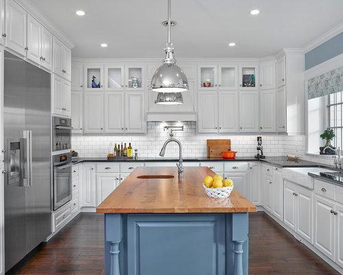 Best Transitional Canada Kitchen Design Ideas & Remodel Pictures | Houzz