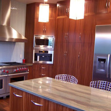Contemporary Kitchen by Woodhill Cabinetry & Design Inc