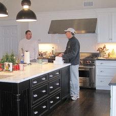 Traditional Kitchen preppyplayer