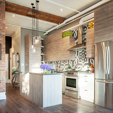 Eclectic Kitchen by Carriage Lane Design-Build Inc.