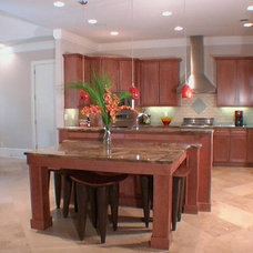 Contemporary Kitchen by AHB General Contractors