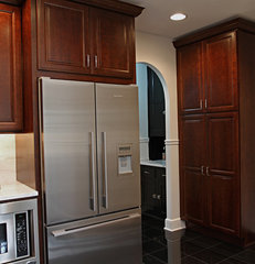 traditional kitchen by Ruby Construction LLC