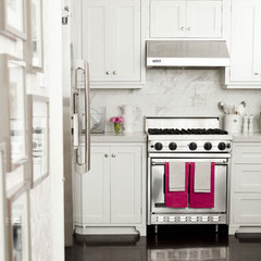 contemporary kitchen by Caitlin Wilson