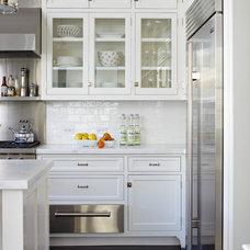Traditional Kitchen by Charlie Barnett Associates