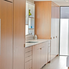 Modern Kitchen Cabinets by Mobili Martini