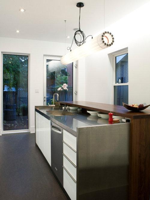 Modern island houzz for Designer kitchens pretoria