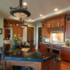 Traditional Kitchen by Hensley Custom Building Group