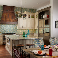 Tropical Kitchen by Freestyle Interiors