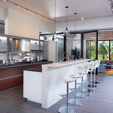 Contemporary Kitchen by Couture-Homes