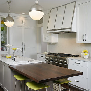 Contemporary kitchen appliance - Inspiration for a contemporary kitchen remodel in Grand Rapids