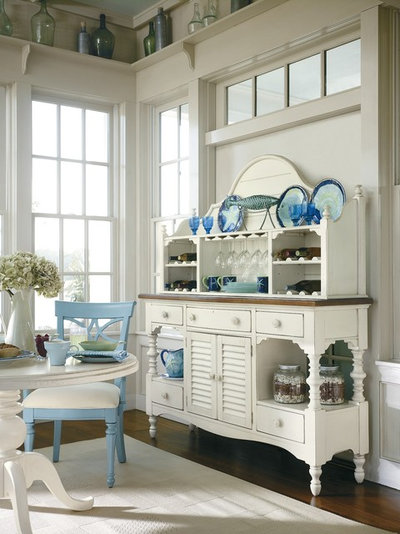 Tropical Kitchen by Custom Furniture World