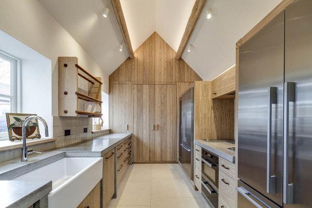 Farmhouse Kitchen by Verity & Beverley Ltd