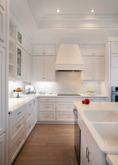 American Traditional Kitchen by Lucvaa Kitchens