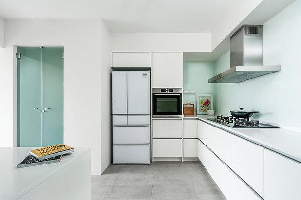 Contemporary Kitchen by Blum SEA
