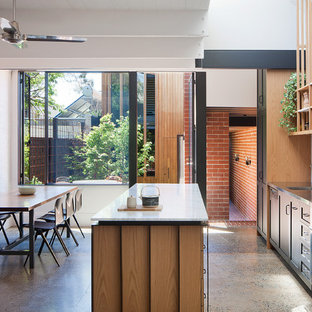 Inspiration for a midcentury kitchen in Melbourne.