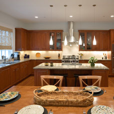 Contemporary Kitchen by Cabin John Builders