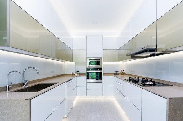 Modern Kitchen by Blum SEA