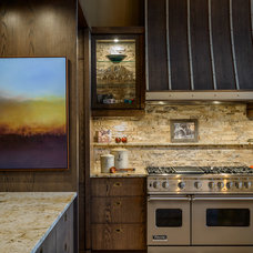 Contemporary Kitchen by Horizon Contracting