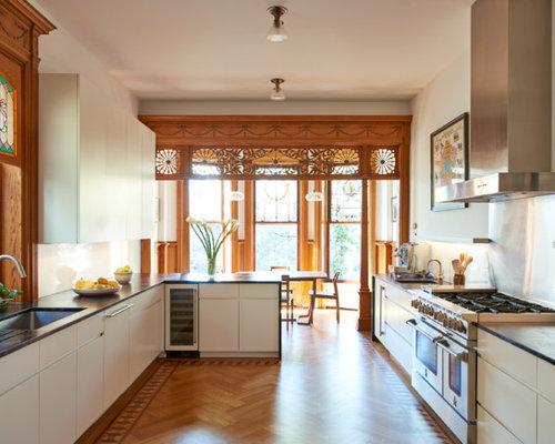 Victorian Eat In Kitchen Designs   Eat In Kitchen   Victorian Medium Tone  Wood