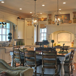 Mike Smith / Artistic Kitchens - Louisville, KY, US 40206