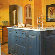 Rustic Kitchen by Designers' Studio