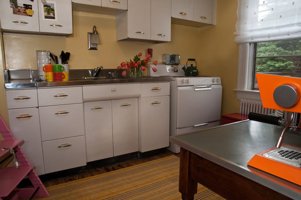 Traditional Kitchen by M House Designs