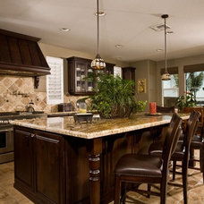 Traditional Kitchen by Pacific Shoreline GC & Design