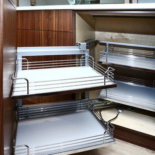 Pull Out Corner Unit with Wire Baskets