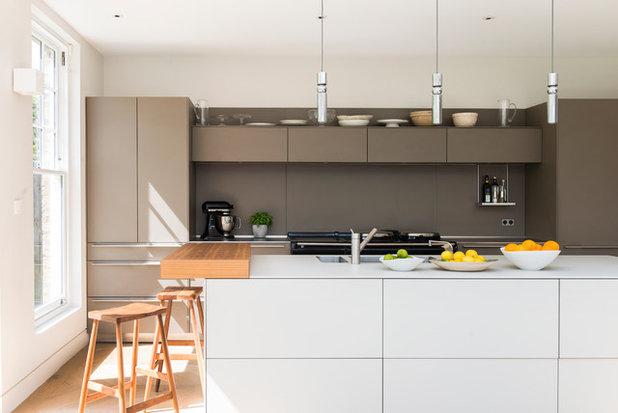 Contemporaneo Cucina by Alex Cotton Interiors Ltd