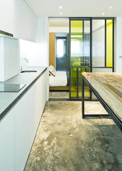11 portes coulissantes pour un int rieur malin for Cuisine vitree industrielle