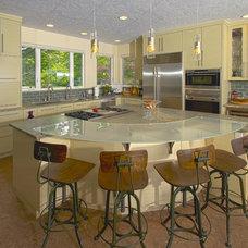 Contemporary Kitchen by Strite design + remodel